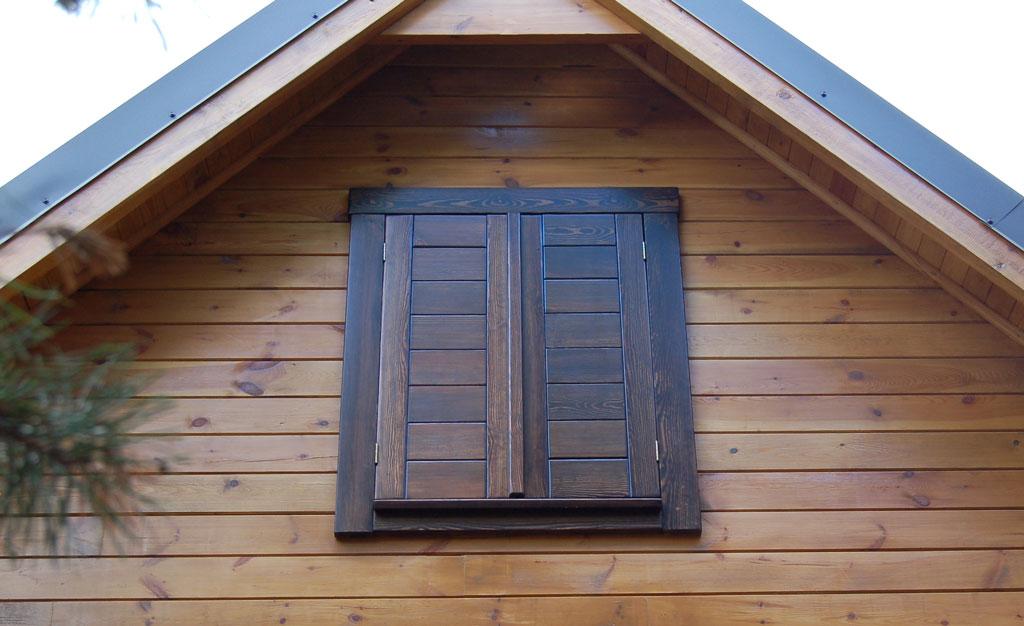 Okiennica drewniana