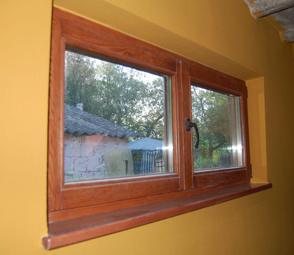 Okno sosnowe trzyszybowe